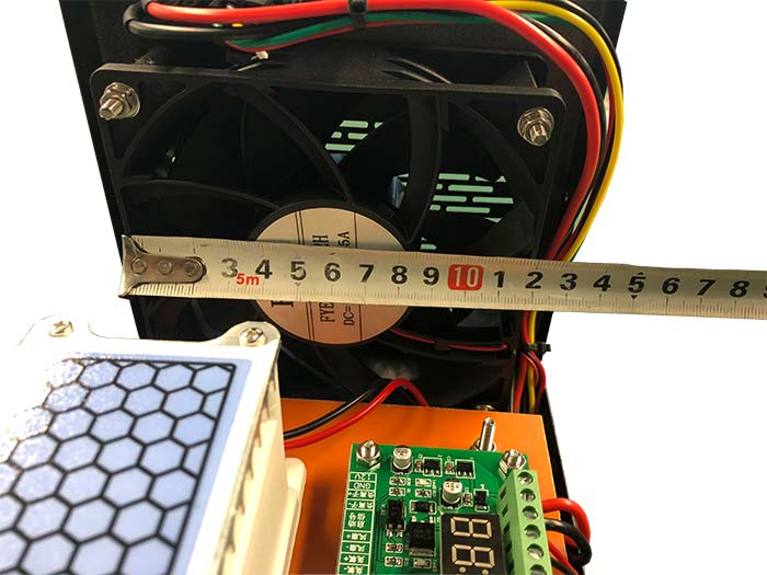Ozonový generátor do auta 12v ventilátor