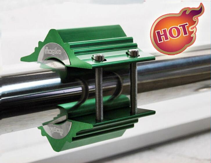Jednoduchá inštalácia za 5 minút - stačí nasadiť na potrubie a upevniť skrutkami